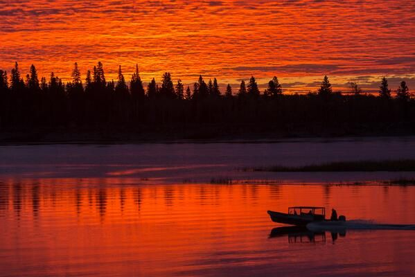 By Paul Lantz • Taxi boat headed to Moose Factory from Moosonee this morning.  Embedded image permalink