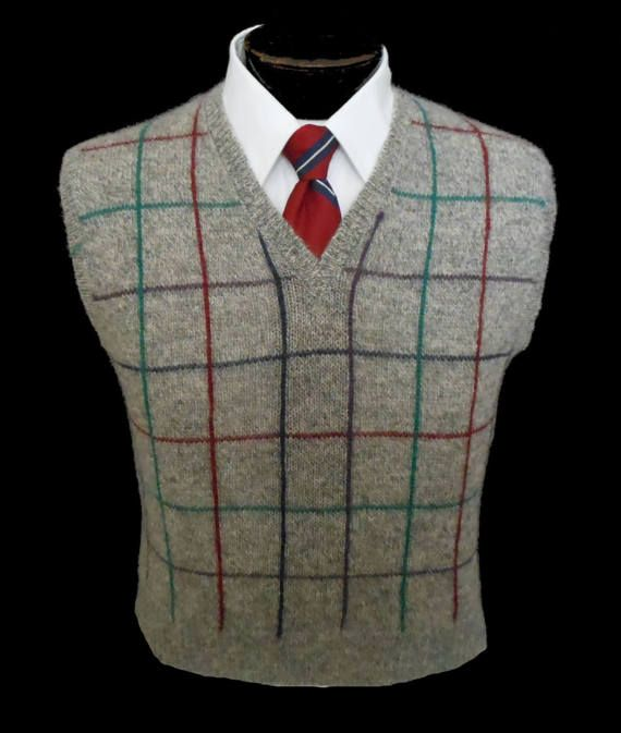 Vintage 20s 30s Style Windowpane Check Mens V-Neck Golf Sweater Vest, 1970s Shetland Wool Grey Jumper, Size Small to Medium