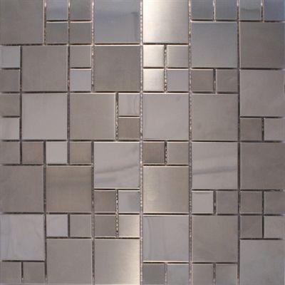 Mix Metal 02 Pastilhas em estilo mutação de inox escovado, cor prata, tamanho da placa 30 x 30 cm, tamanho da pastilha 2,3 x 2,3 cm e 4,8 x 4,8. http://loja.pastilhart.com.br/p/inox_mixmetal02/mix+metal+02