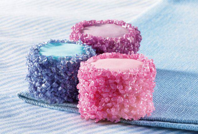 Shimmering Mini Sponge Cakes