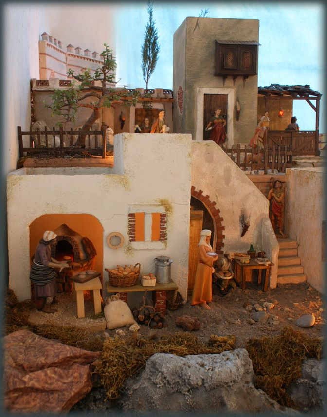 Nativity displays: House in town. Fontanini.