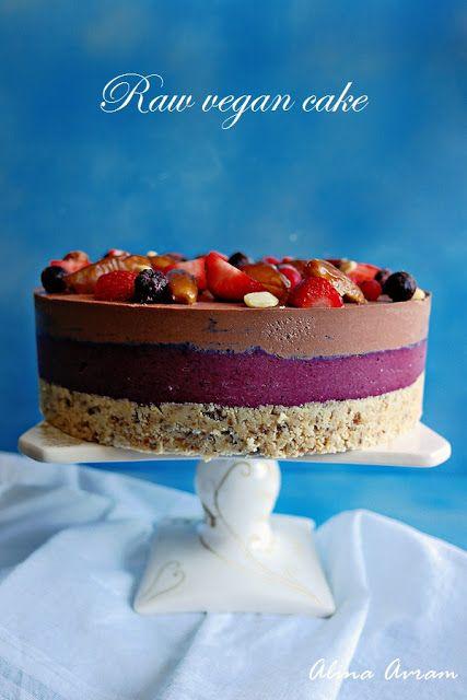 Raw vegan cake | Alina Avram's Blog