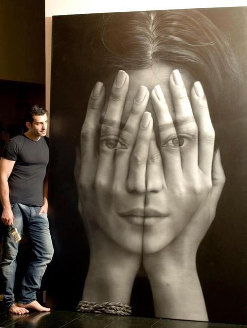 Oil Painting by Armenia-born, New York based artist Tigran Tsitoghdzyan.: Mirror, Artists, Oil Paintings, Tigran Tsitoghdzyan, Hands, Street Art, Tigrantsitoghdzyan, Photography, Streetart