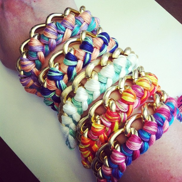 Hey you! Did you know it s summer?  DIY braided chain bracelets