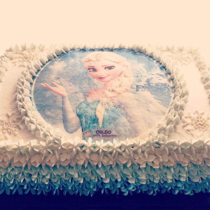 Frozen cake! By @eddscakes #cake #pastel #cumpleaños #birthday #frozen #blue #party #fiesta #niñas #girls #azul