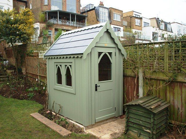6x4 gothic shed with slate roof finished with sadolin superdec jungle green psc373