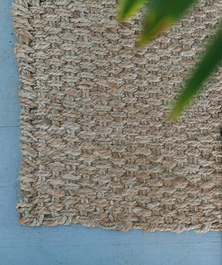 The Hand Woven Jute Entrance Mat is natural made and entirely hand woven by skilled artisans in India. It is made from 100% jute - double sided, and guaranteed to stand up to every day life. | huntingforgeorge.com