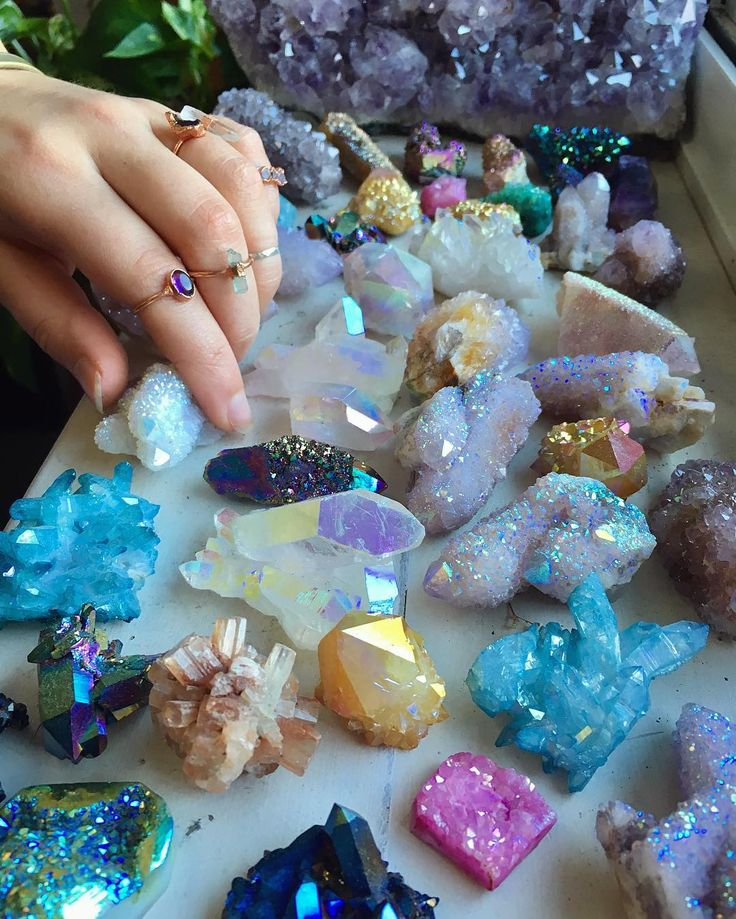 "14.8k Likes, 165 Comments - ☽ Spirit Nectar ☾ (@spiritnectar) on Instagram: ""A little slice of crystal heaven! ✨ . The rings I am wearing are made by my talented friend…"""