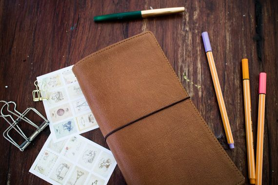 Handcrafted Genuine Leather Notebooks Cover <  This Midori style notebook is a leather cover made of soft leather but has a strong shape. These