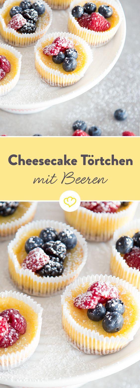 Schnelle Cheesecake-Törtchen mit Beeren