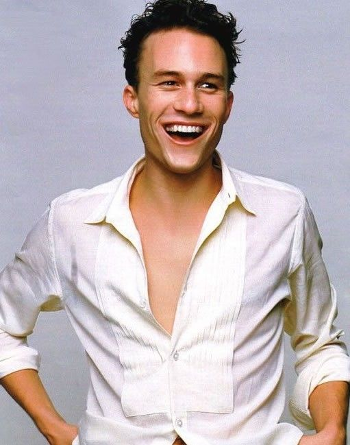 a smiling Heath Ledger