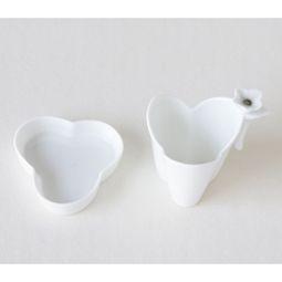 White Porcelain Petal Design Tea Strainer with Saucer