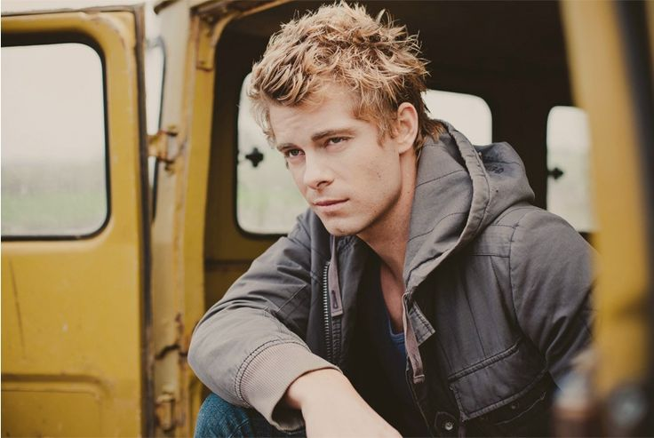 Luke mitchell Age, Height, Net Worth, Weight, Wiki, Biography And Other