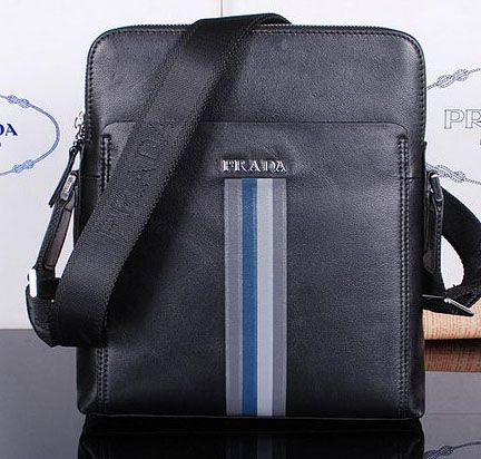 Prada Smooth Leather Messenger Bag M38423 Black
