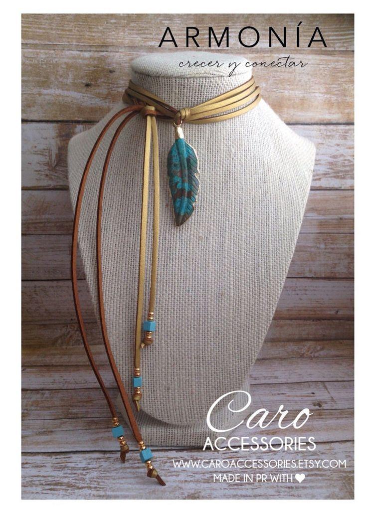 Collar ajustable metalico dorado pluma en by CaroAccessories