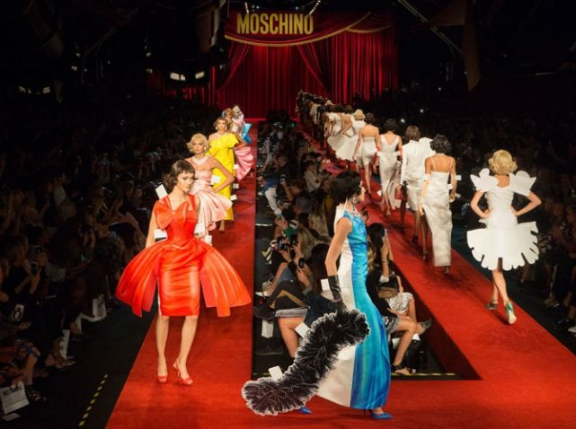 Bienvenue au cirque chez Moschino