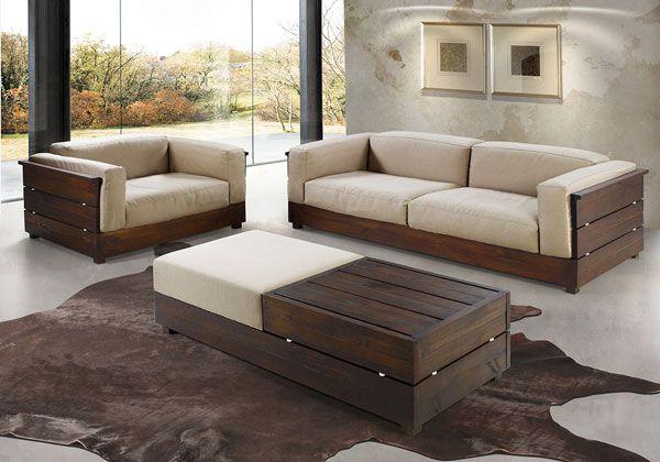 Os sofás amplos e confortáveis são destaque da decoração americana