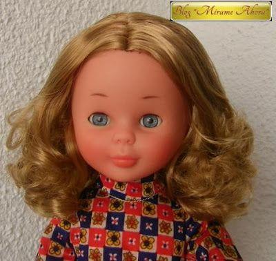 Mírame ahora: Antes-Después: Nancy de Famosa, pelo rizado rubio oscuro