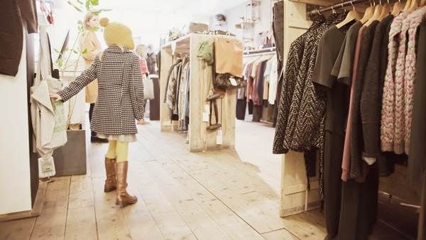 V C Shopping Marie Charlotte Peze
