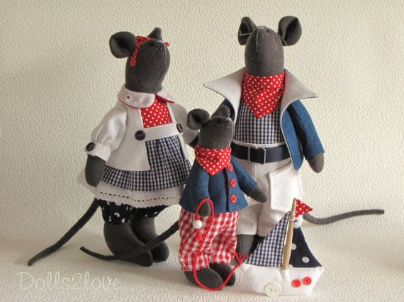 Tilda style Marine Mouse family by Dolls2love on Etsy, €145.00