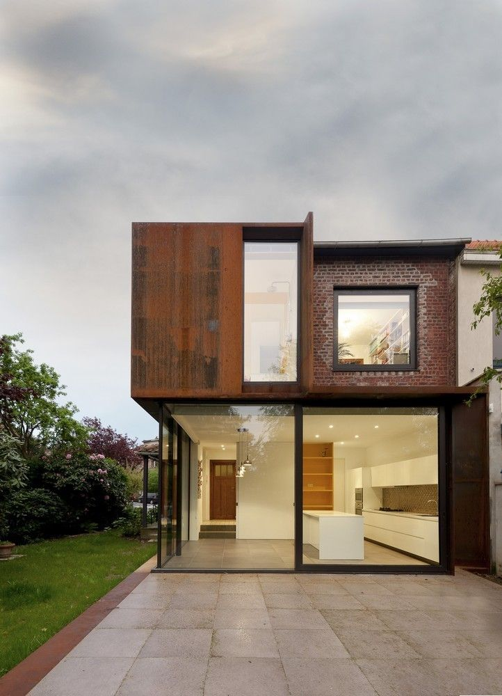 Campanules House / EXAR Architecture