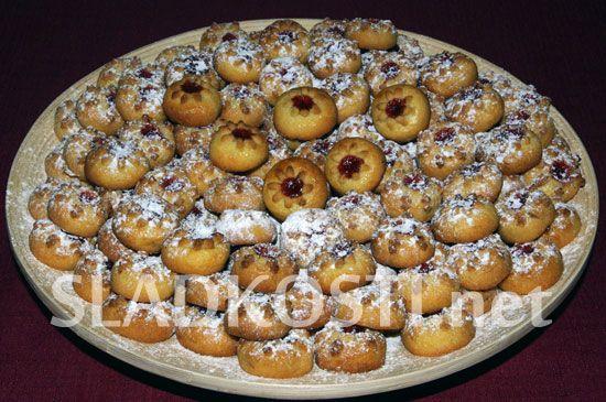 Pomerančové koláčky s ořechy
