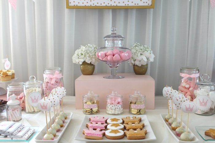 Once Upon A Time Princess Birthday Party via Kara's Party Ideas KarasPartyIdeas.com The Place for All Things Party! #princess #princessparty #onceuponatime #princesspartyideas #princessdecor (12)