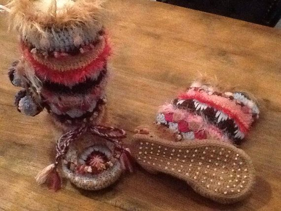 Gehaakte mocassin laarzen / Sloffen van PattyLaBell op Etsy
