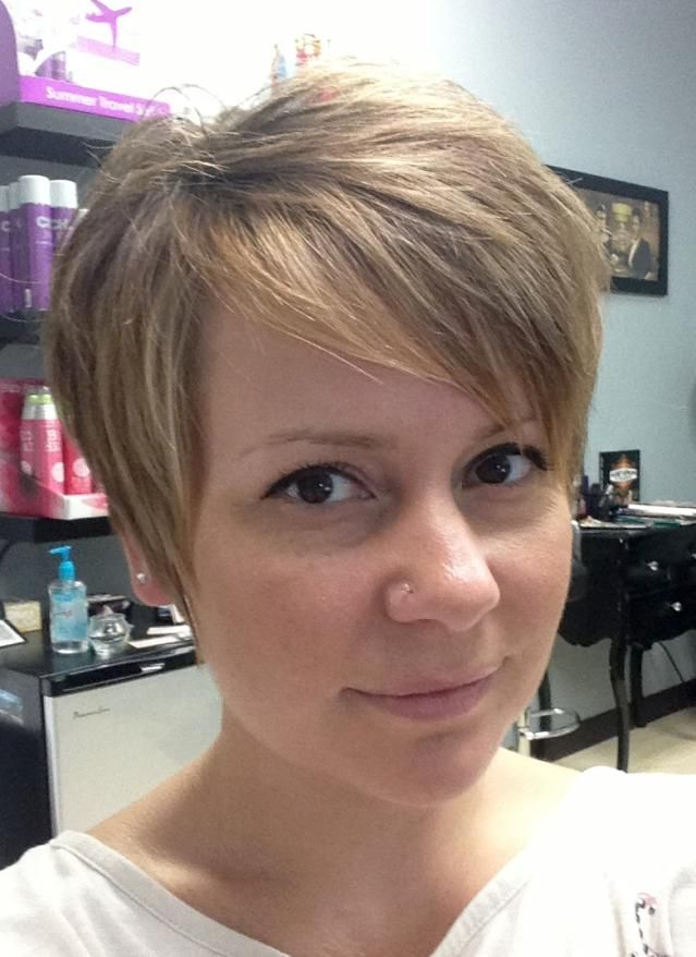 how to style short hair while growing it out growing out a pixie cut a step by step guide aarhus 8136 | 1a68095e817f3896bf8ac54c0cc047a2