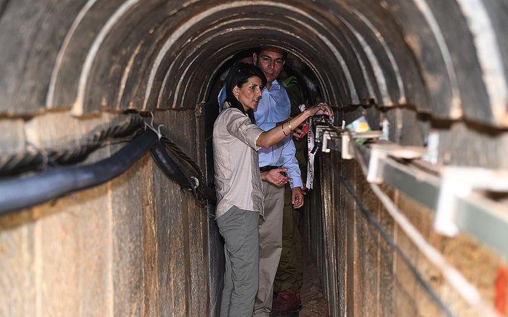 Nikki Haley, dieBotschafterin der USA bei den Vereinten Nationen, hat letzte Woche an einem Briefing des UN-Sicherheitsrates über die Situation im Nahen Osten, das globale Gremium aufgefordert, gegen die Terrororganisation Hamas und Länder die diese unterstützen, vorzugehen. Die gesamte Rede von Botschafterin Nikki Haley im Wortlaut auf Deutsch.   #Audiatur-Online #Botschafter #Frieden #Gaza #Hamas #Hilfswerk der Vereinten Nationen für Palästina-Flüchtlinge im Nahen