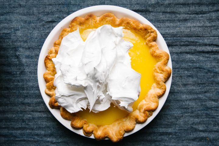 How to Make the Perfect Lemon Meringue Pie
