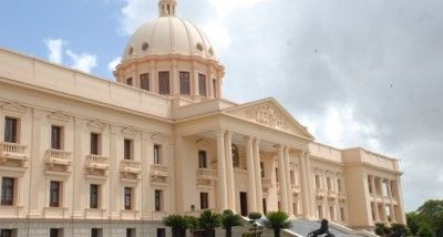 Poder Ejecutivo designa dos procuradores generales adjuntos y sustituye a otros tres