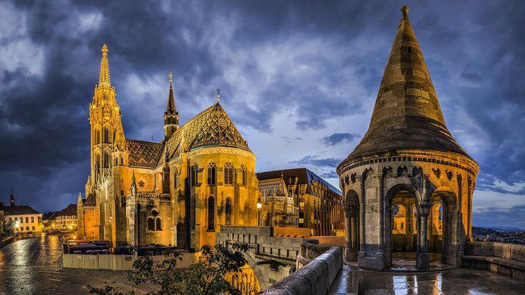 beautiful_st_matthias_church_in_budapest_hungary-1553818.jpg (1920×1080)