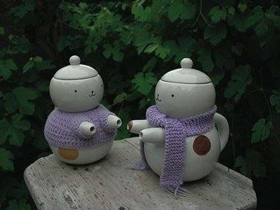 THE BEST COMMENTS أفضل تعليق: Strange Tea Pots With Plenty of Decorations