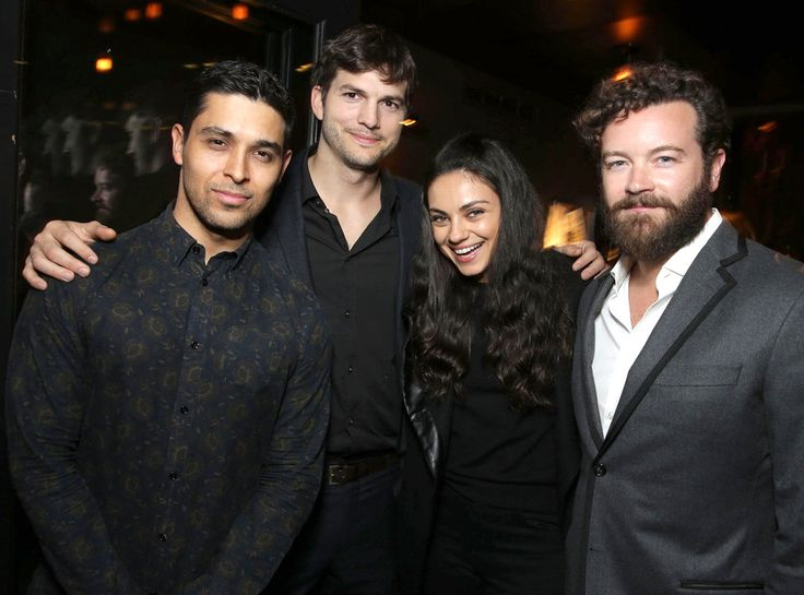 That '70s Show Stars Have Biggest Reunion in Years | E! Online Mobile