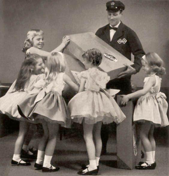 Så skall flickor kläs.