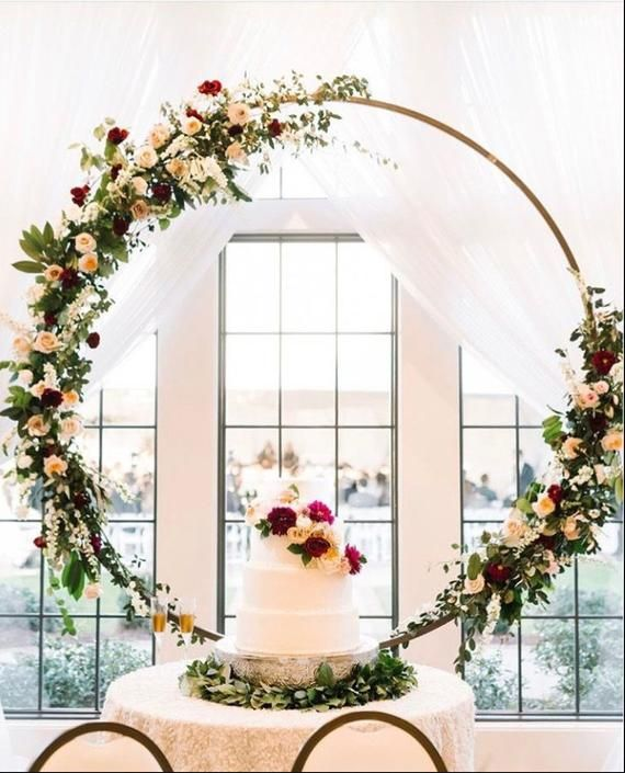 Wedding Flower Decoration Photos: Little Wedding Arch Metal Round Wedding Arch Moon Wedding