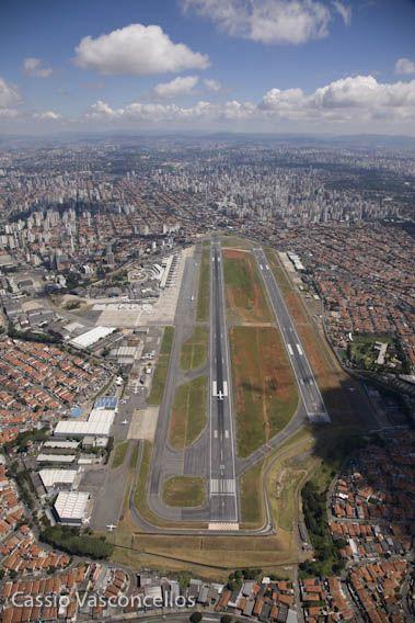 Aeroporto de Congonhas (CGH), São Paulo-SP, Brasil                                                                                                                                                                                 Mais