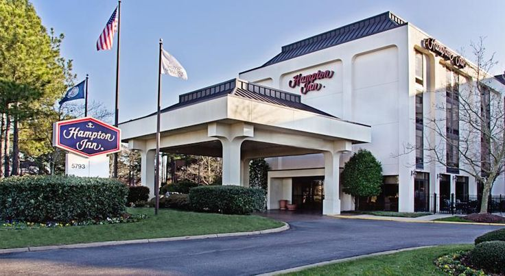 Hampton Inn Norfolk/Virginia Beach Virginia Beach Just off Interstate 264, this Virginia Beach hotel features modern amenities and facilities, such as Wi-Fi access, and offers convenient access to major area attractions, including beaches and golf courses  Guests at the Hampton Inn Virginia Beach...
