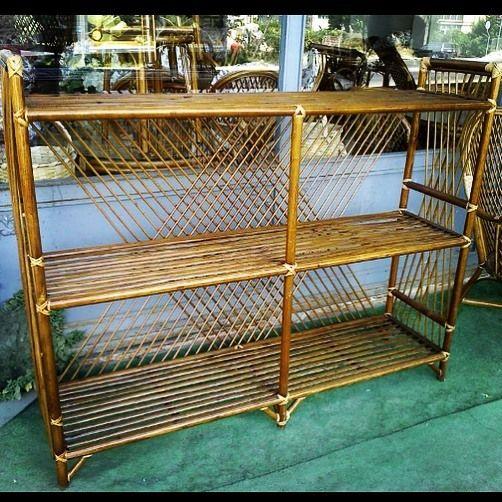 . Bambu Tv Ünitesi Kitaplık Kütüphane Ayakkabılık Elbise için Raf Banyo için Havluluk vb. şeklinde çok amaçlı kullanılabilir Su Yağmur Güneş temasında hiçbir bozulma olmamaktadır... #bambu #mobilya #bamboo #furniture #koltuk #koltuktakımı #koltukmodelleri  #masa #sandalye #bahçemobilya #tasarım #özeltasarım #decoration #desing #furnituredesing #furnitures #outdoorfurniture #outdoordesing #evdekorasyon #ofisdekorasyonu #imalat #toptan ve #perakende #instagood #instafollow #instadaily…