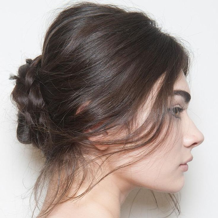 Here, our tips and tricks for fuller, thicker-looking tresses, plus suggestions on the best hairstyles for thin hair. Don't be fooled: Thin hair is actually the best kind for that perfectly tousled, undone look.