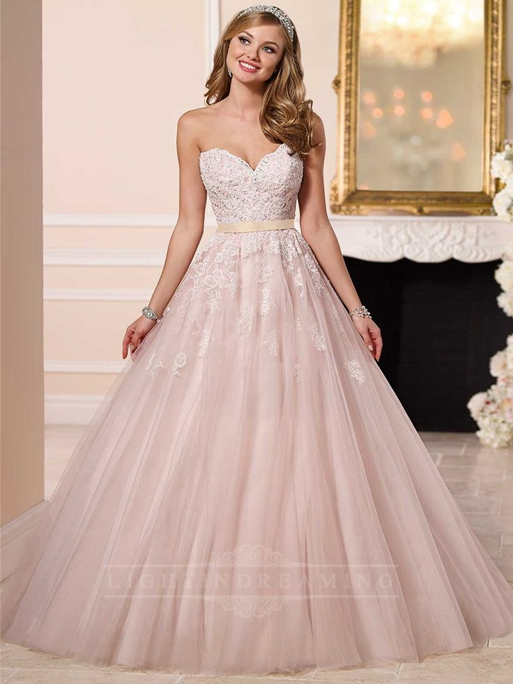 Sweetheart A-line Princess Wedding Dress