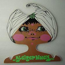 cute vintage Twiggy Era Pop Art childs coat hanger Kleiner Muck