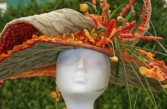 Chelsea flower show artistic hats from flowers