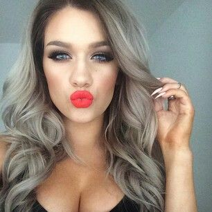 love her ash blonde hair and makeup!