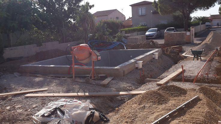 réaliser une piscine en dur avec agglo à bancher et béton