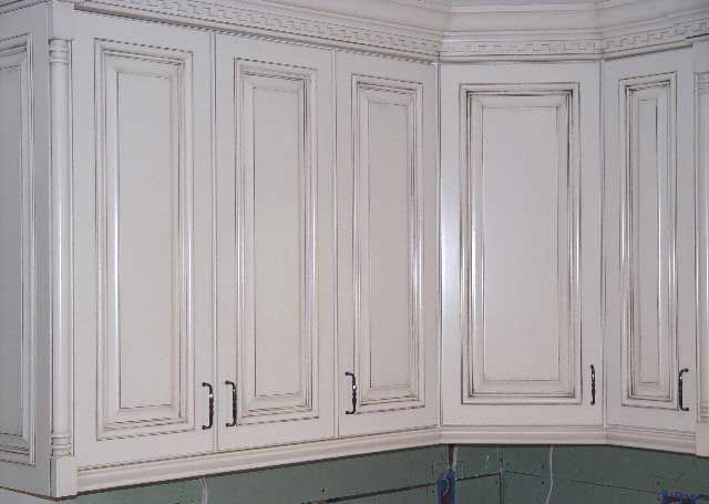 "Antique White Kitchen Cabinets Ideas Painted Cabinets With Glaze | Rub-through"" Glaze/paint"