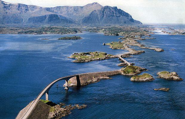 Estrada - road trip - Atlantic Road - Noruega