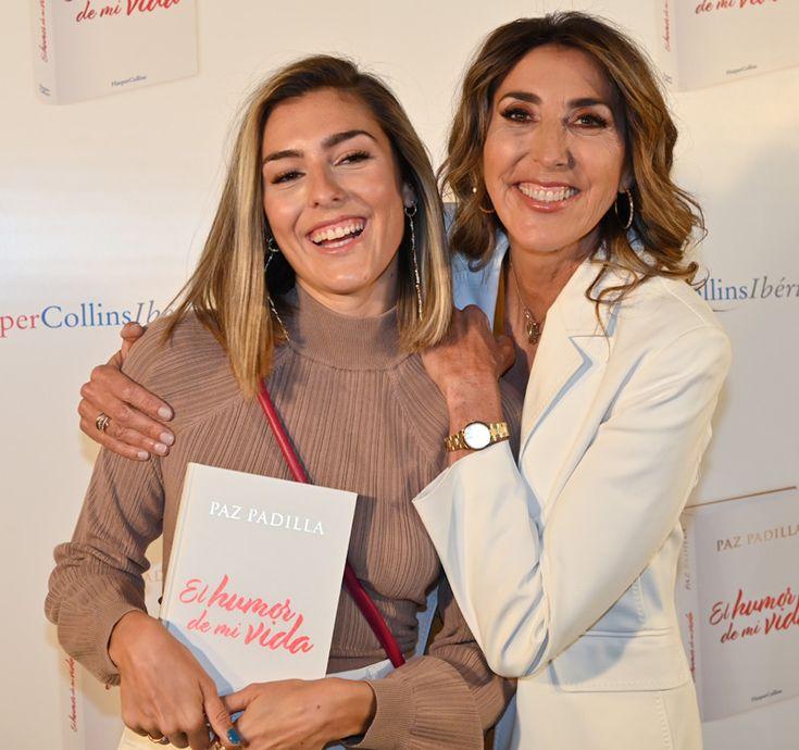 Paz Padilla presenta su libro arropada por su hija y muchos amigos - Foto 1 Antonio Vidal, Lydia Lozano, Fabiola Martinez, Daughter, Girlfriends
