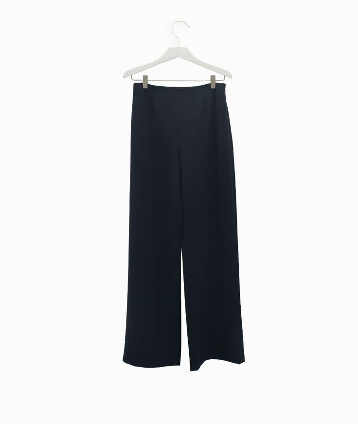 Alexander Wang wide flared trousers with the Lebor Gabala SS16 capsulle #arropame #conceptstore #bilbao #ss2016 #LeborGabala #AlexanderWang #fashion #shopping #trendy #style http://arropame.com/lebor-gabala-primera-capsula-ss16/